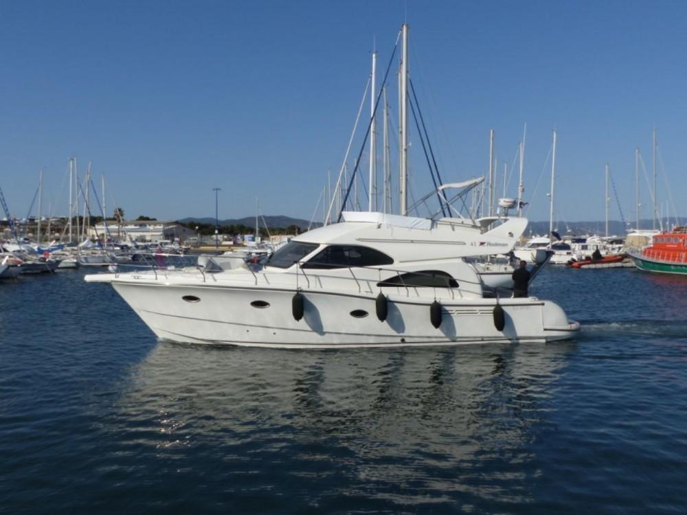 Boat rental Hyères cheap Rodman 41