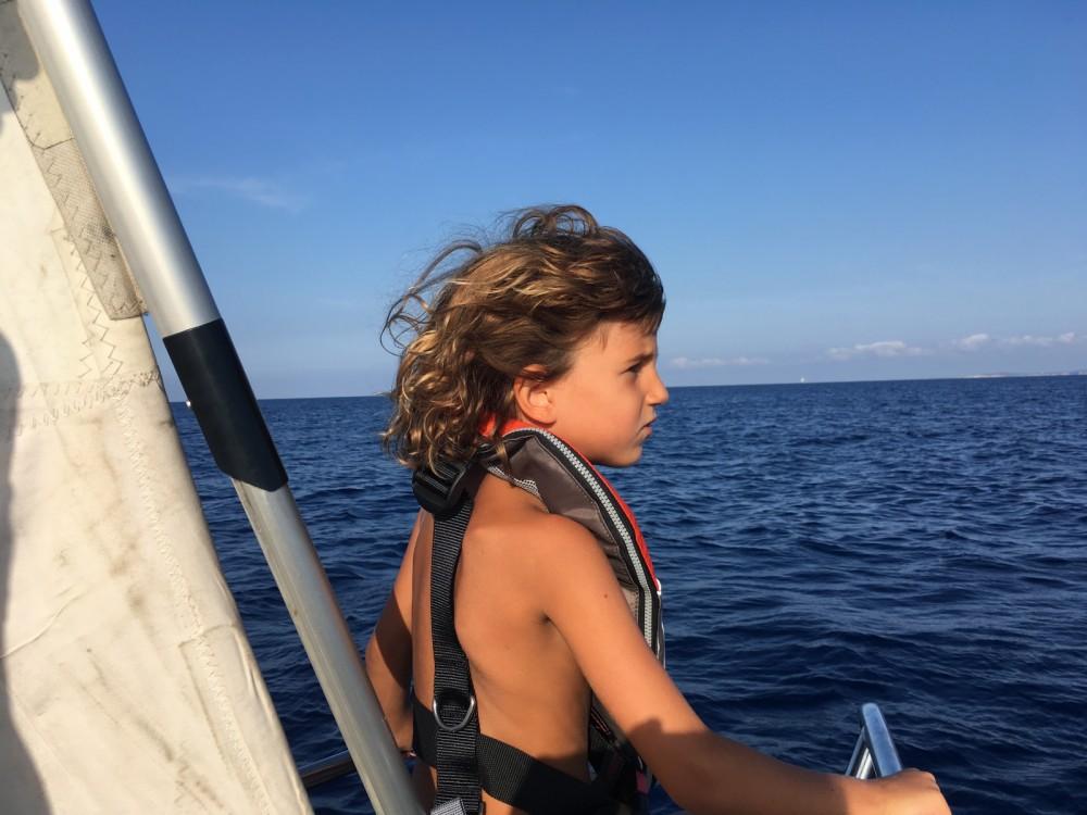 Rental Sailboat in Palamós - Bénéteau Oceanis Clipper 423