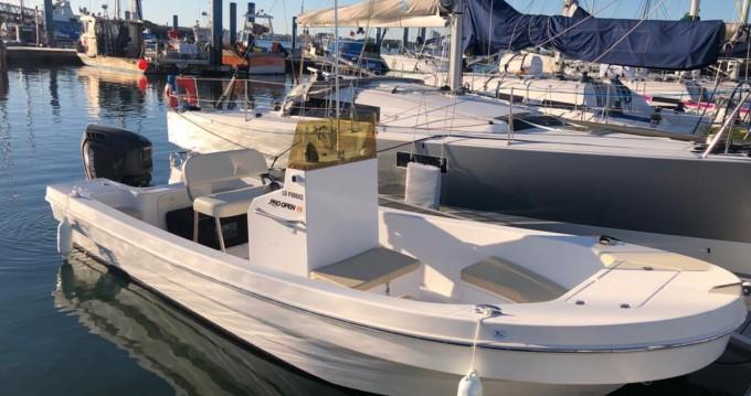 Rental Motorboat in Larmor-Plage - Panga Ferret Pro Open 19