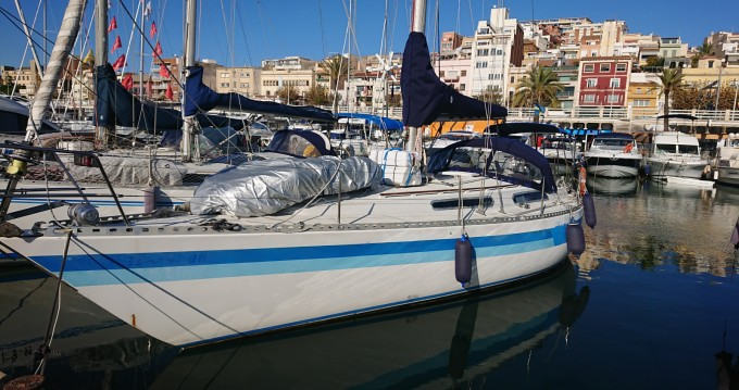 Rental Sailboat in el Masnou - North Wind North Wind 38