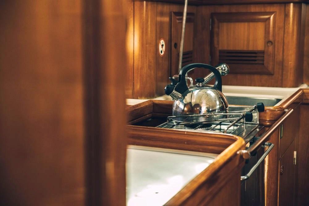 Rental Sailboat in Volos Municipality - Bénéteau Oceanis 411 Clipper