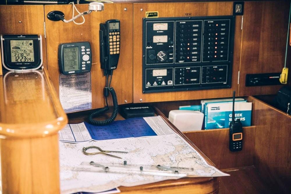 Rental yacht Volos Municipality - Bénéteau Oceanis 411 Clipper on SamBoat