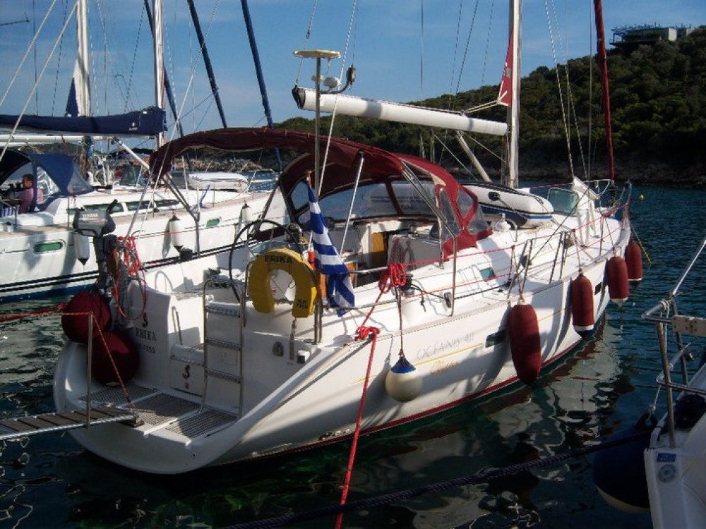 Boat rental Bénéteau Oceanis 411 Clipper in Volos Municipality on Samboat