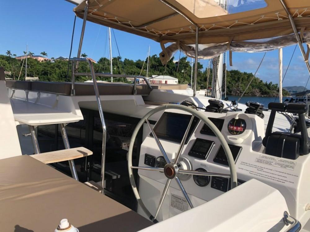 Boat rental US Virgin Islands cheap Saona 47