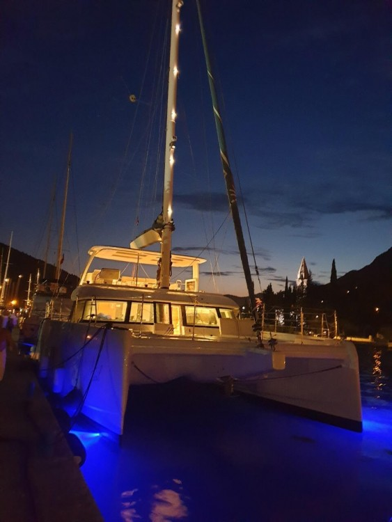 Rental Catamaran in Trogir - Sunreef Sunreef 70
