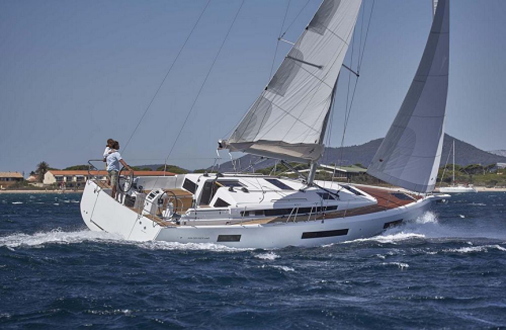 Hire Sailboat with or without skipper Jeanneau - Sun Odyssey Trogir