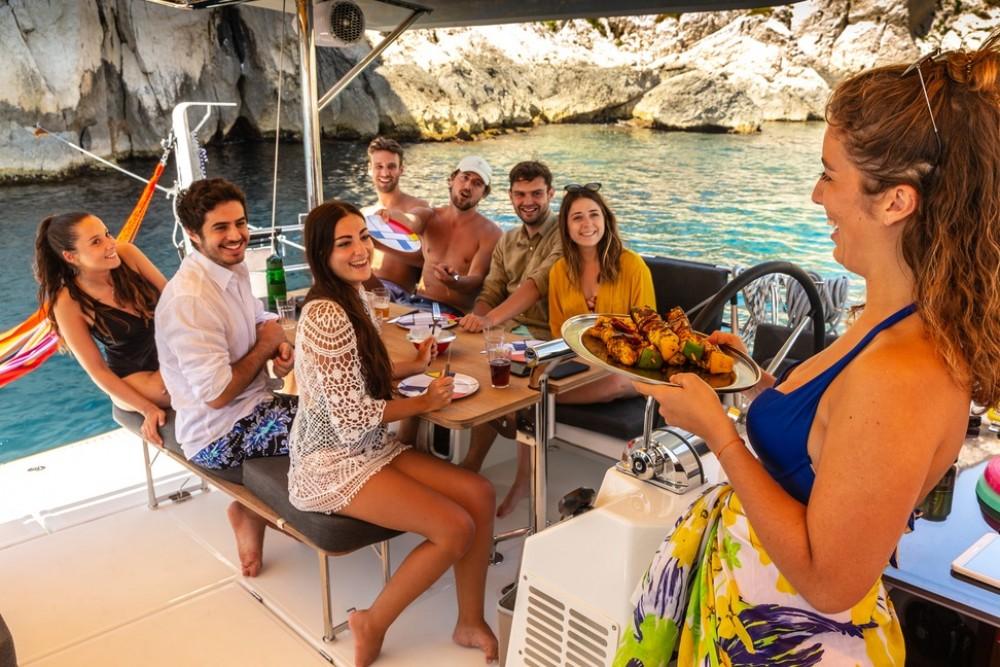 Boat rental Jeanneau Sun Loft 47 in Trogir on Samboat