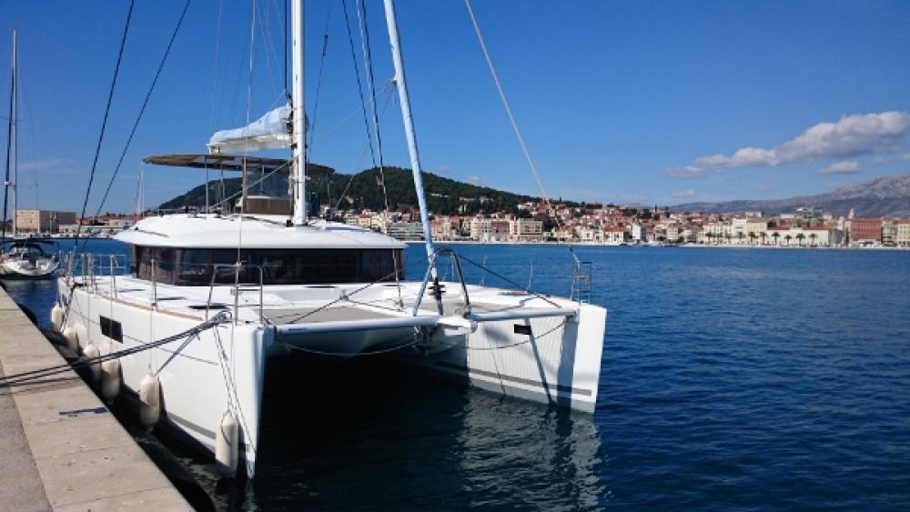 Rental yacht Trogir - Lagoon Lagoon 560 on SamBoat