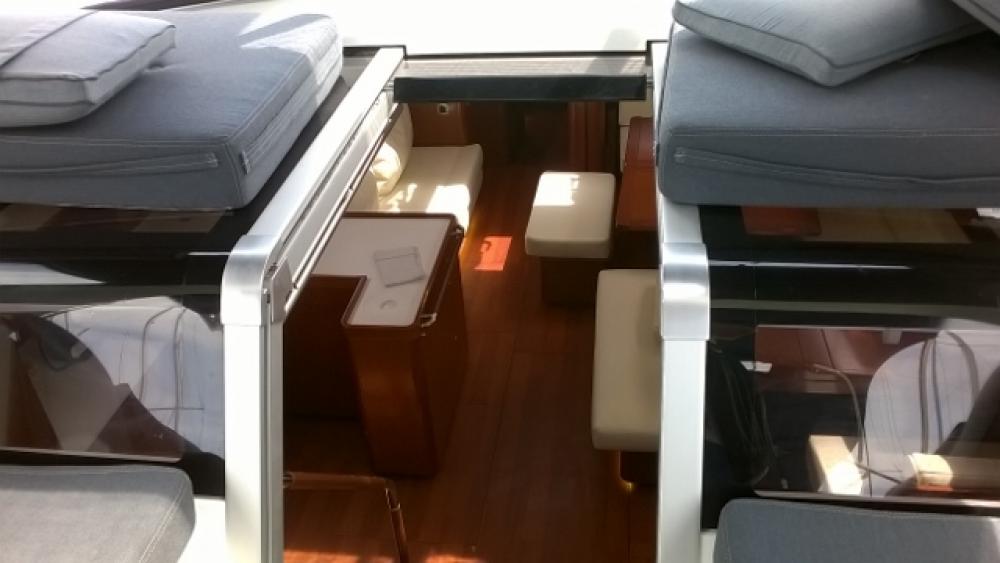 Boat rental Trogir cheap Oceanis 60