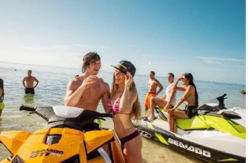 Jet Ski for rent Cullera at the best price