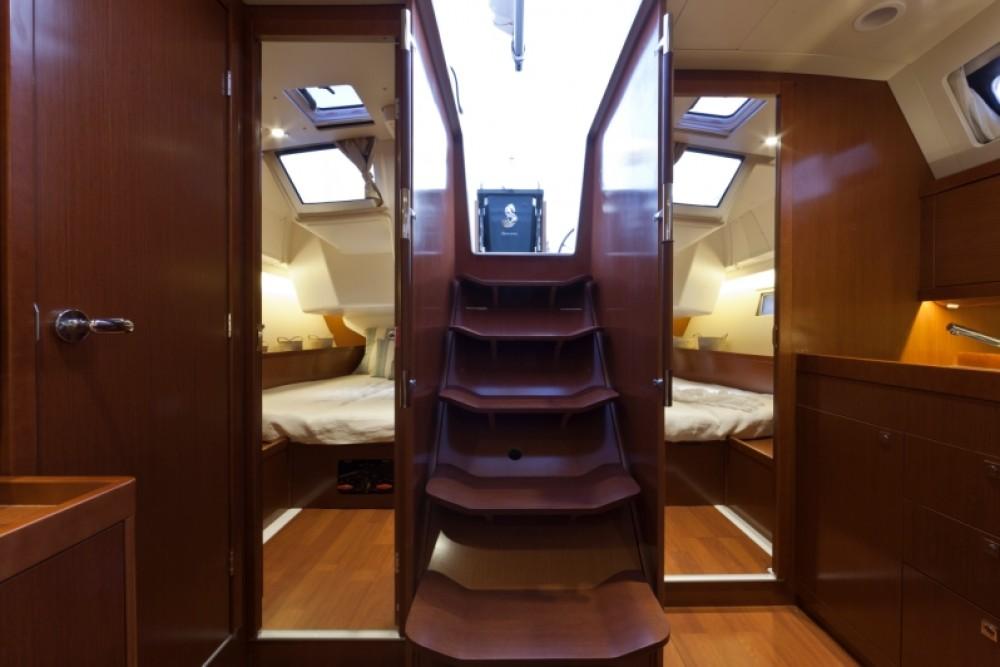 Rental yacht Procida - Bénéteau Oceanis 41.1 on SamBoat