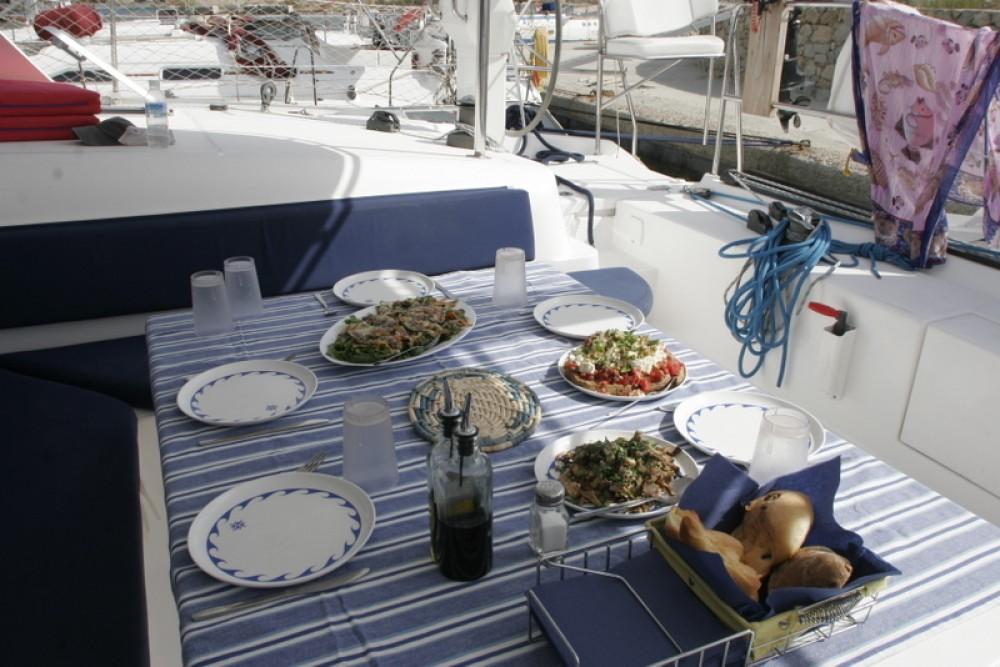 Rental Catamaran in Laurium - NAUTITECH CATAMARANS Nautitech 47