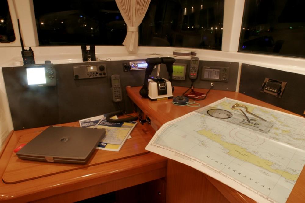 Rental yacht  - Lagoon Lagoon 440 on SamBoat
