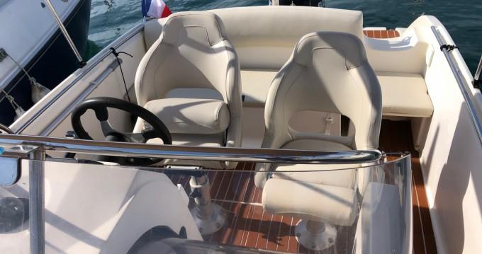 Boat rental Fréjus cheap Cap Camarat 635 Cc