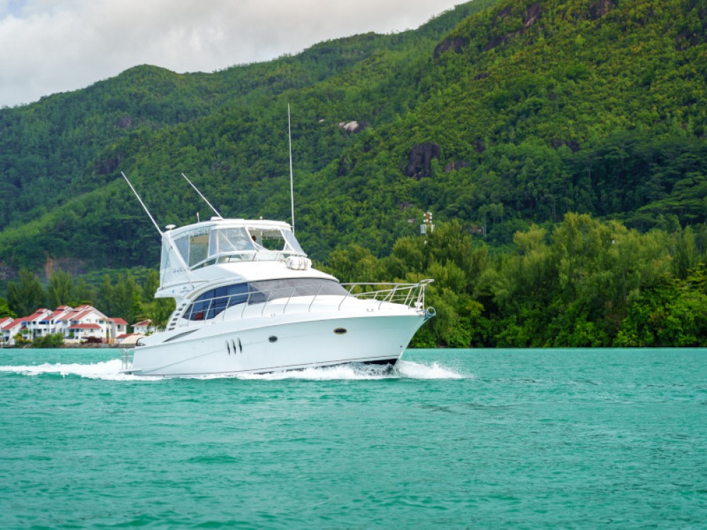 Rent a  Silverton Ovation 52 Victoria
