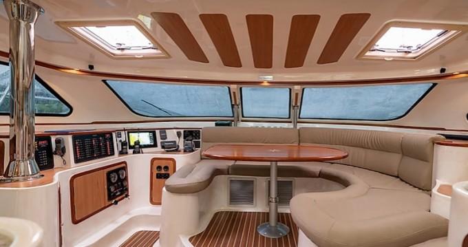 Rental yacht Eden Island -  Afri-Cat 420 on SamBoat