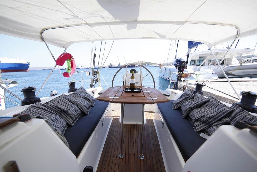Boat rental  cheap Hanse 400E