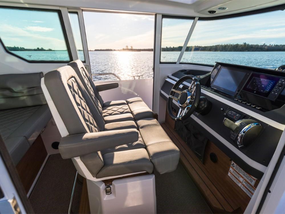 Motorboat for rent Kortgene at the best price