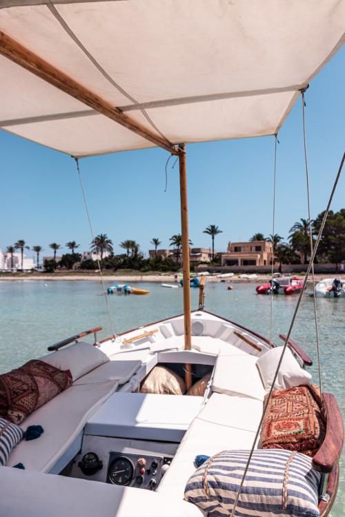 Rental yacht  - Majoni Cala Gamba on SamBoat
