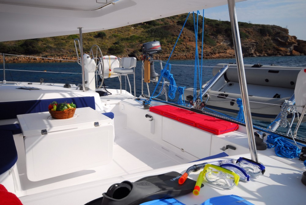 Boat rental NAUTITECH CATAMARANS Nautitech 47 in Laurium on Samboat