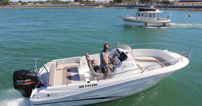 Boat rental La Flotte cheap Cap Camarat 7.5 CC