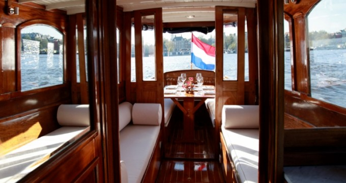 Hire Motorboat with or without skipper Aemstelland Amsterdam