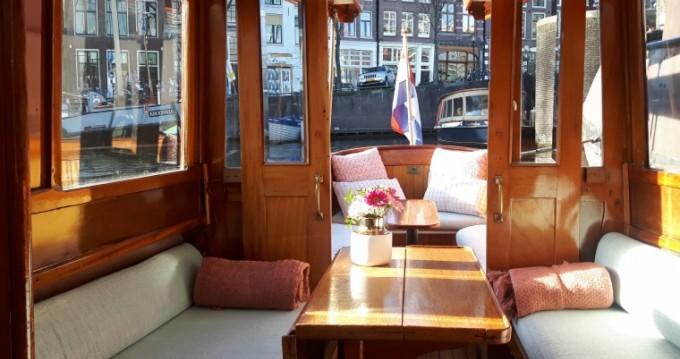 Rental Motorboat in Amsterdam - Aemstelland Canalboat