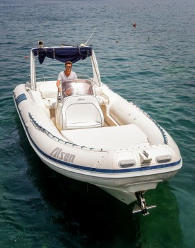 Rental Motorboat in Sorrento - alson 7.50 fast dinghy