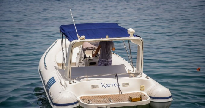 Hire Motorboat with or without skipper alson 7.50 Sorrento
