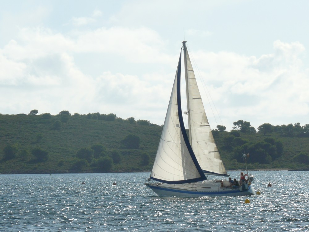 Hire Sailboat with or without skipper Wauquiez es Mercadal