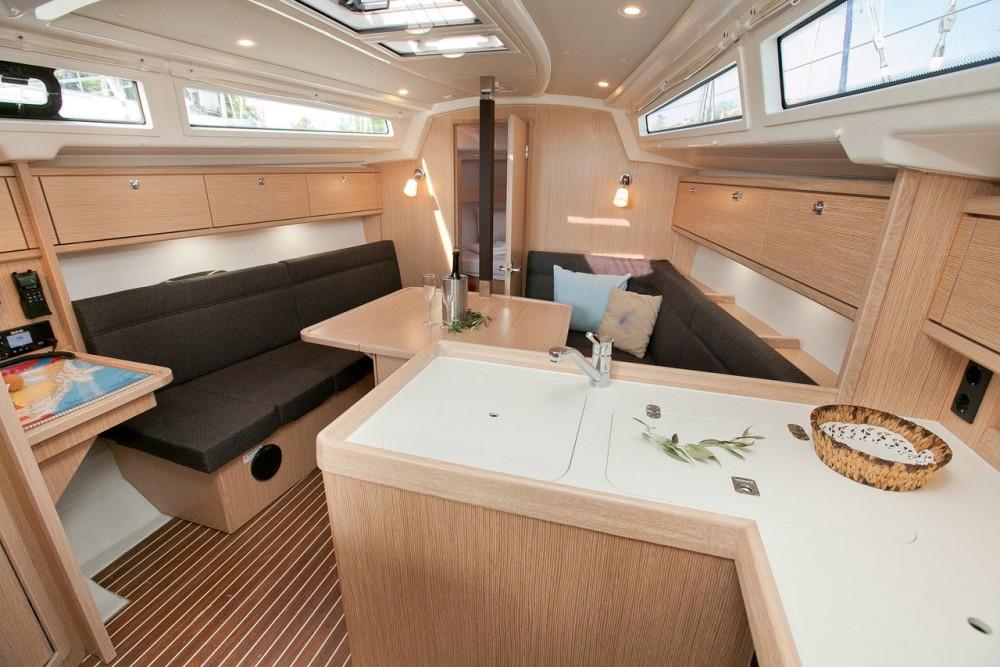 Boat rental Grad Zadar cheap Bavaria Cruiser 34 Style