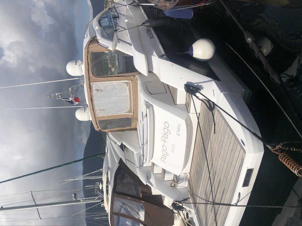 Rental Motorboat in Hyères - Sessa Marine C44