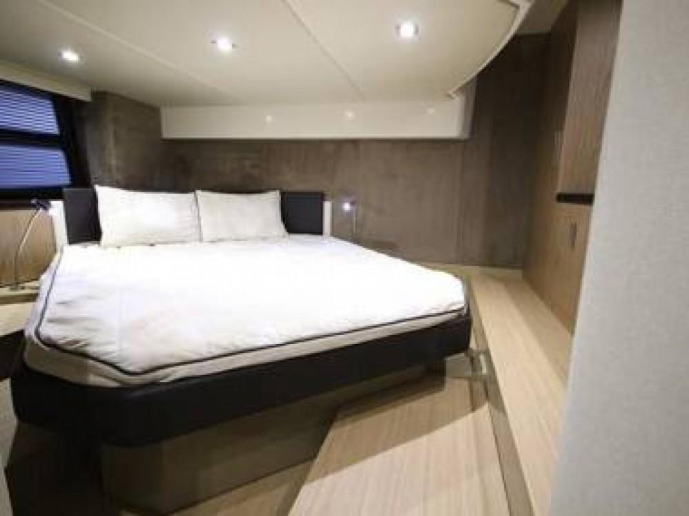 Rental yacht Hyères - Sessa Marine C44 on SamBoat