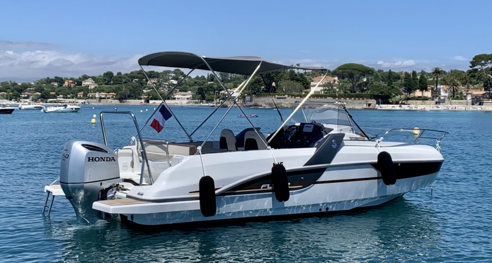Boat rental Antibes cheap Flyer 7.7 SUNdeck