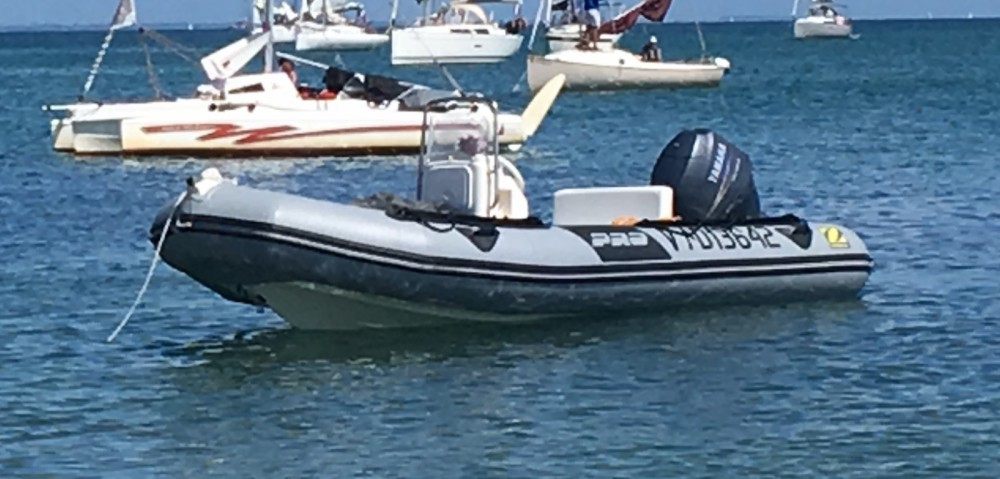 RIB for rent Erdeven at the best price