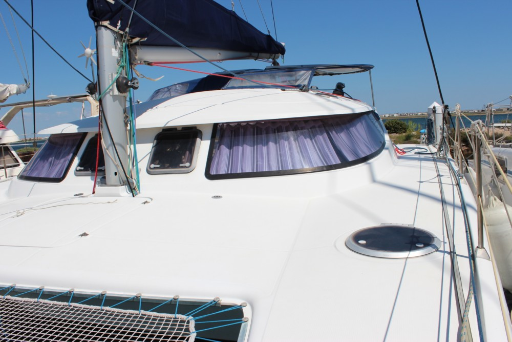 Rental Catamaran in Bonifacio - Fountaine Pajot Lavezzi 40