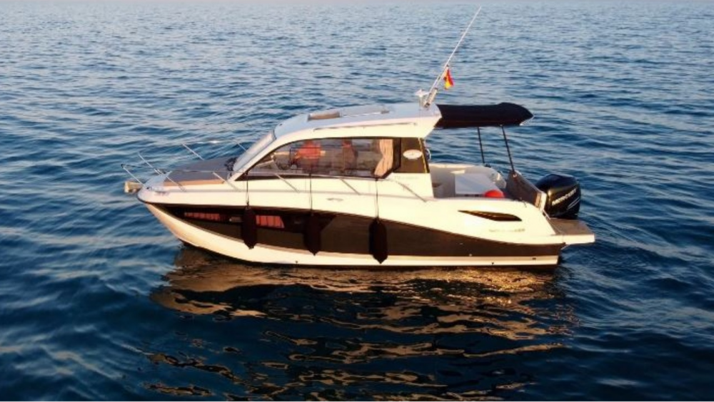 Boat rental Quicksilver Quicksilver 755 Week-End in Sitges on Samboat