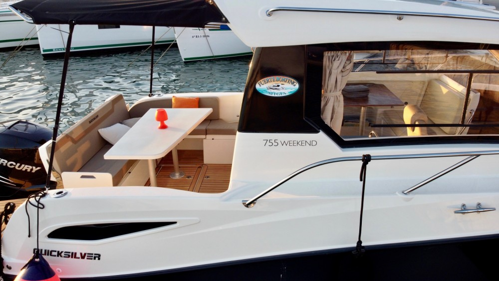 Rental Motorboat in Sitges - Quicksilver Quicksilver 755 Week-End