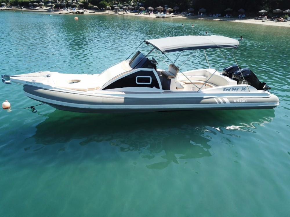 Boat rental Horizon Bad Boy 36 in Gouvia on Samboat
