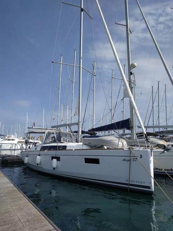 Rental Sailboat in Croatia - Bénéteau Oceanis 381