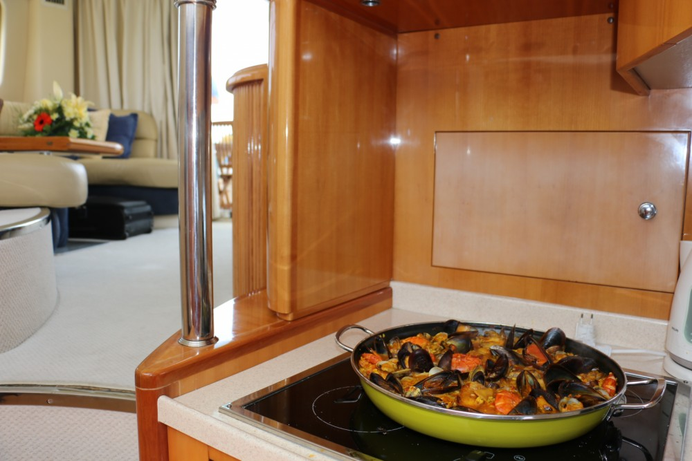 Rental Motorboat in Castelló d'Empúries - Azimut 46
