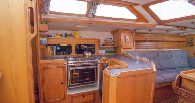 Rental yacht Honfleur - Kirie Feeling 1090 on SamBoat