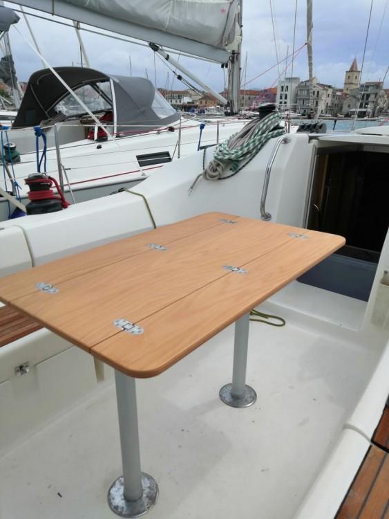 Rental yacht Pirovac - Bavaria Bavaria 42 Match on SamBoat
