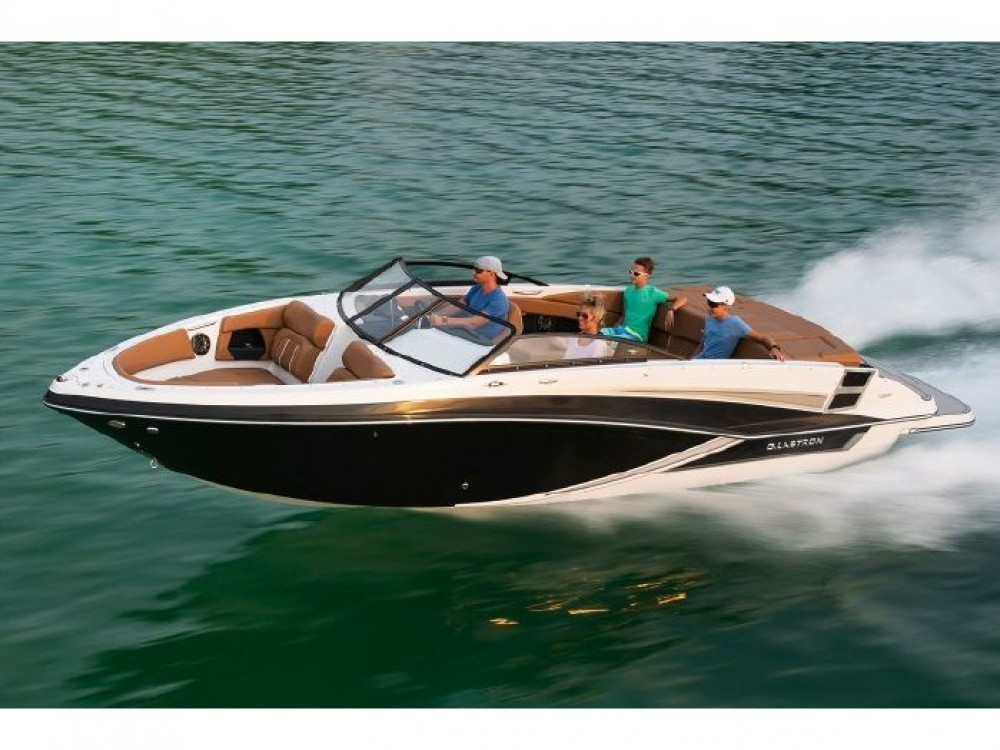 Hire Motorboat with or without skipper Glastron