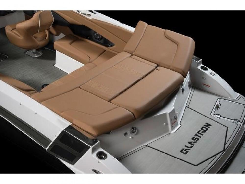 Rental Motorboat in  - Glastron Glastron GT 245