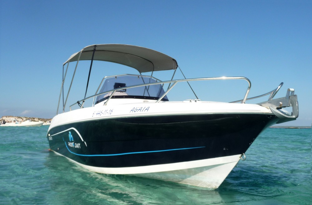 Rental yacht Ibiza -  Pacific Craft 670 on SamBoat
