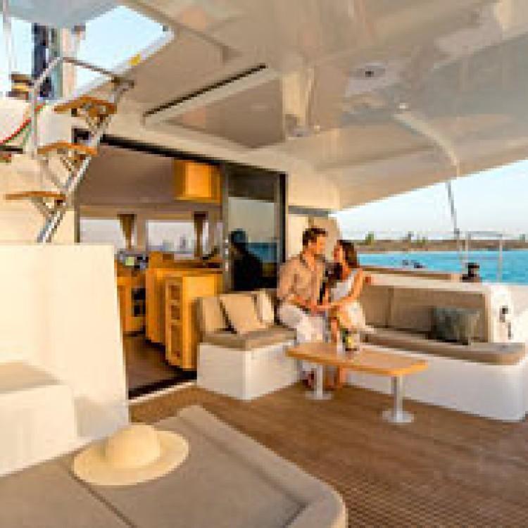 Rental Catamaran in US Virgin Islands - Lagoon Lagoon 42