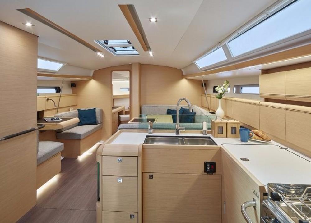 Boat rental US Virgin Islands cheap Sun Odyssey 449