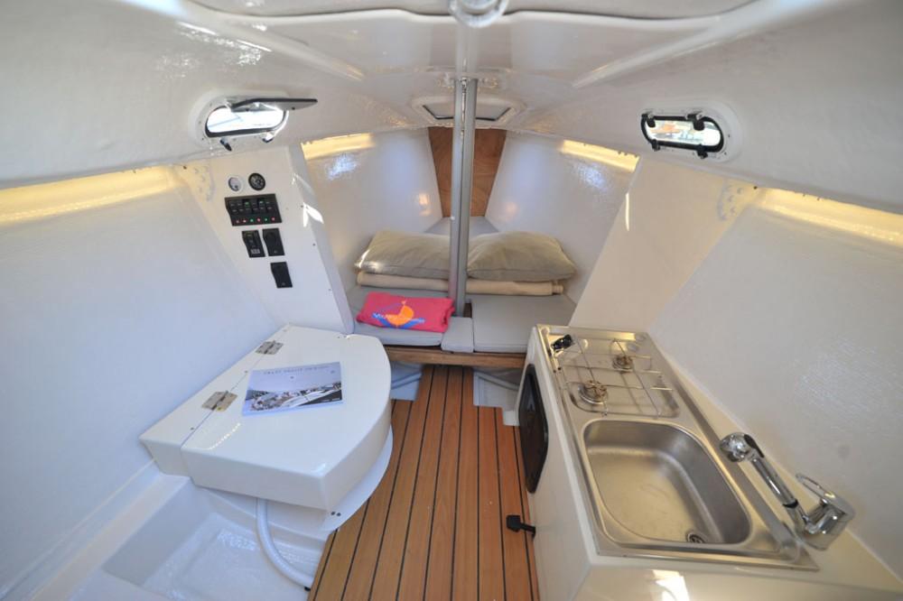 Boat rental Olbia cheap Beneteau 25