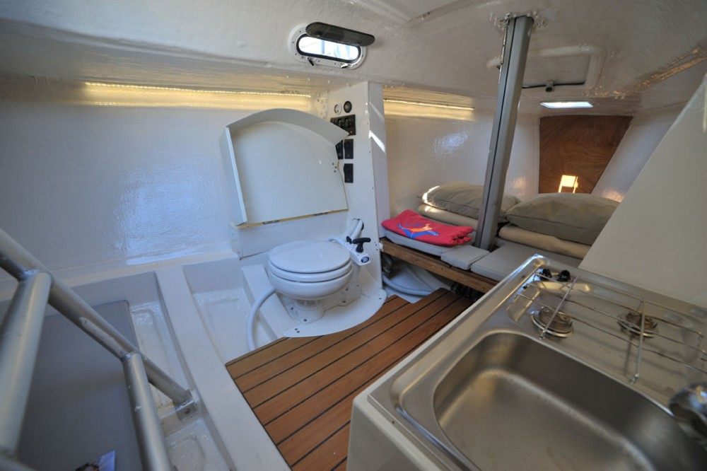 Rental yacht Olbia - Bénéteau Beneteau 25 on SamBoat